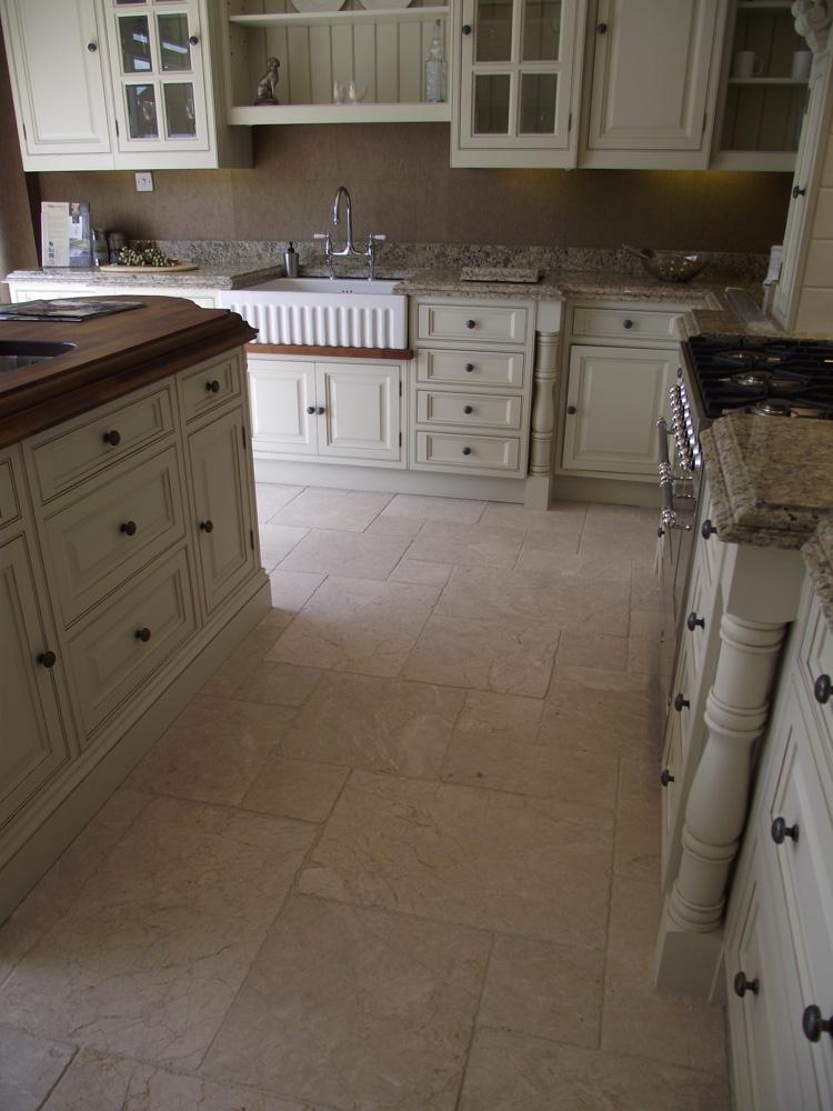 Pompadour marble flooring
